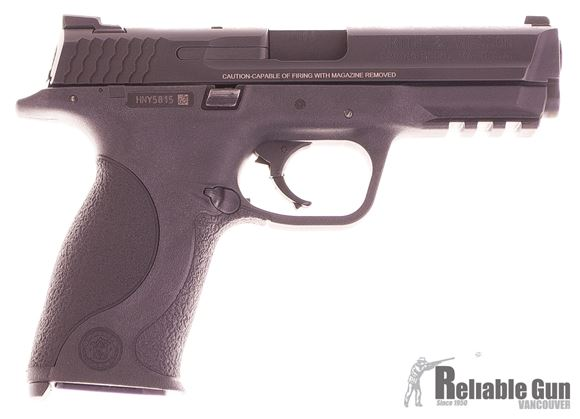Picture of Used Smith & Wesson M&P 9mm Range Kit, 3 Mags, Original Kit, Very Good Condition