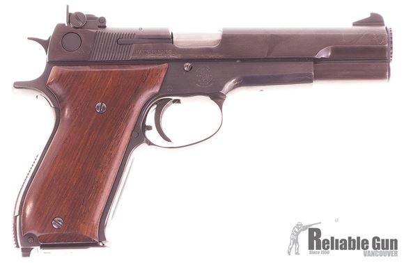 """Picture of Used Smith & Wesson Model 52-2 Semi-Auto 38 Special Wadcutter, 5"""" Barrel, 1979/80 Vintage, With 3 Mags, Very Good Condition"""