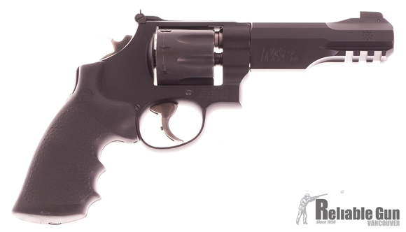 "Picture of Used Smith & Wesson 327 R8 Double-Action 357 Mag, 5"" Barrel, 8 Shot, Very Good Condition"