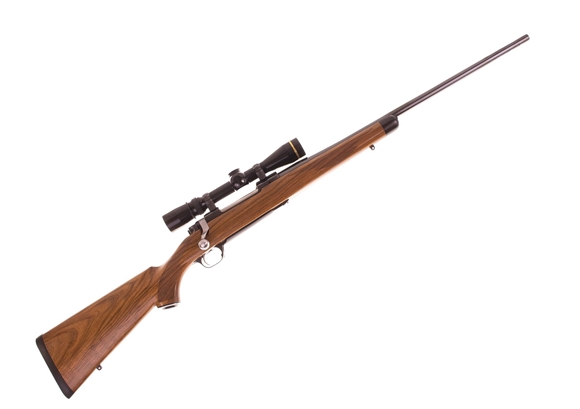 Picture of Used Pre Owned Ruger M77 MKII Custom Grade 30-06 Sprg, 1 Of 50 High Grade Special Run, High Grade Circassian Walnut w/Ebony Forend Tip, 22'' Barrel Gloss Blued, Leupold Vari X III 2.5-8x36 Gloss Scope, Excellent Condition