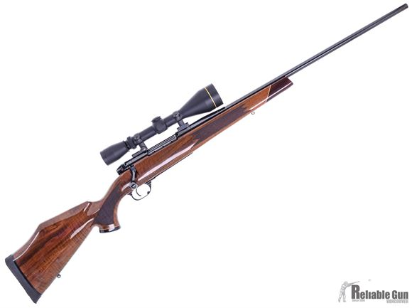 Picture of Used Weatherby Mark V Deluxe, 30-06 Sprg, 24'' Barrel , Deluxe Walnut Stock w/Rosewood Forend, Leupold Vari-X II 3-9x50, Sling,  Excellent Condition